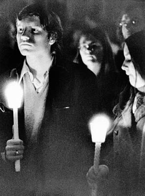 Vietnam War Memorial Photograph - Kent State University Students Hold by Everett