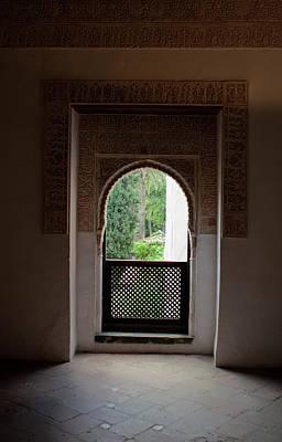 Photograph - Keyhole Window by Lorraine Devon Wilke