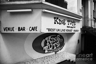 King Tut Photograph - King Tut's Wah Wah Hut Music Venue Glasgow Scotland Uk by Joe Fox