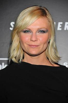 Smoky Eyes Photograph - Kirsten Dunst At Arrivals For Somewhere by Everett