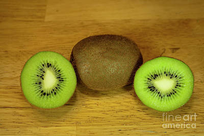 Kiwi Kiwi And More Kiwi Print by Michael Waters