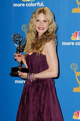 Academy Of Television Arts Photograph - Kyra Sedgwick In The Press Room by Everett
