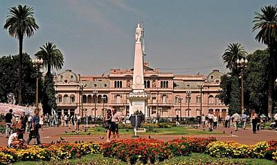 Photograph - La Casa Rosada ... by Juergen Weiss