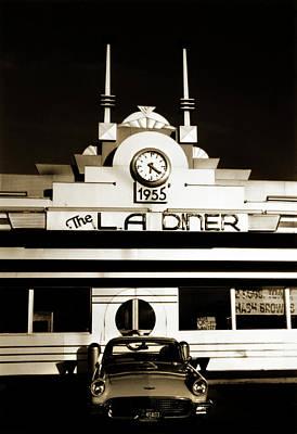 Old Car Photograph - La Diner by Marilyn Hunt