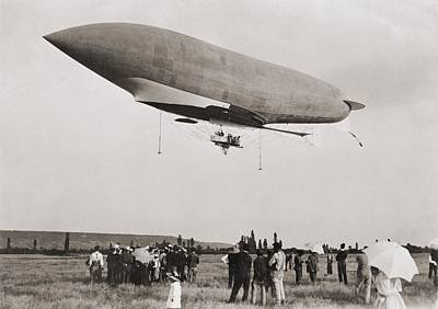 La Republique A Semi-rigid Airship Print by Everett