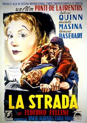Postv Photograph - La Strada, Giulietta Masina, Richard by Everett
