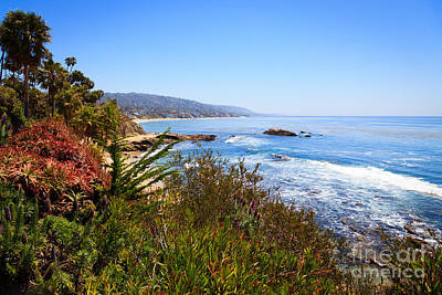 Orange County Photograph - Laguna Beach California Coastline by Paul Velgos