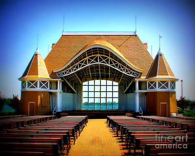 Lake Harriet Bandshell Art Print by Perry Webster