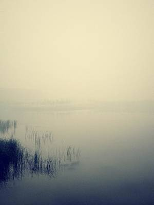 Y120831 Photograph - Lake In Jining Shrouded In Mist by Niew Pey Ran