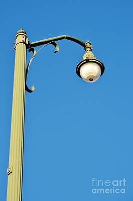 Photograph - Lamp Post At Stuart Causeway by Lynda Dawson-Youngclaus
