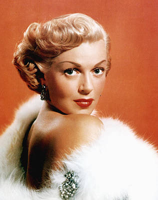 Fur Stole Photograph - Lana Turner, 1950s by Everett