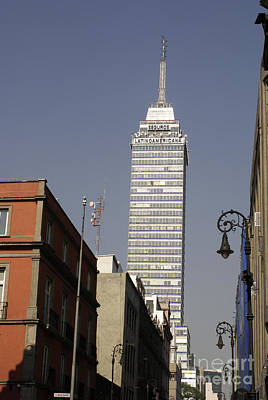 Photograph - Latin American Tower Mexico City by John  Mitchell