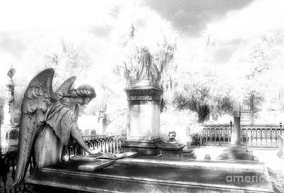 Savannah Infrared Photograph - Laurel Grove Angel And Coffin by Jeff Holbrook