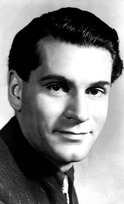 Publicity Shot Photograph - Laurence Olivier, Ca. 1946 by Everett