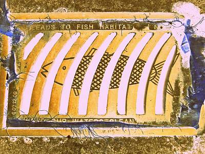 Grate Digital Art - Leads To Fish Habitat by Randall Weidner