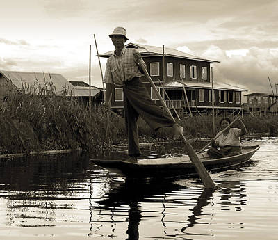 Photograph - Leg Rowing On Inle Lake by RicardMN Photography