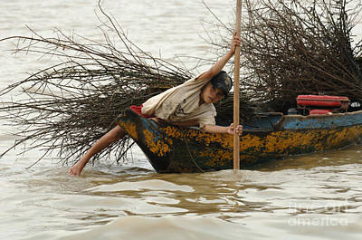 Life On Lake Tonle Sap 3 Art Print