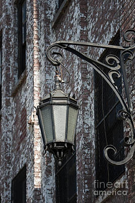 Leda Photograph - Lights Out by Leslie Leda