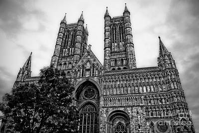 Lincoln Cathedral Facade Art Print by Yhun Suarez