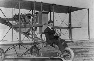 Stunt Flyer Photograph - Lincoln J. Beachey 1887-1915 by Everett