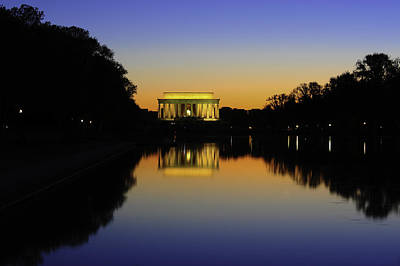Photograph - Lincoln Memorial by Bernard Chen