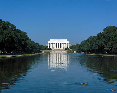 Photograph - Lincoln Memorial Ds002 by Gerry Gantt