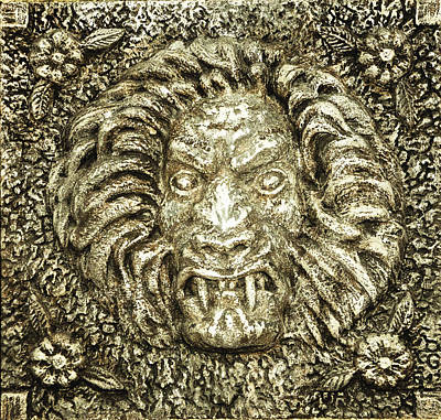Siporex Relief - Lion by Dean Linsak