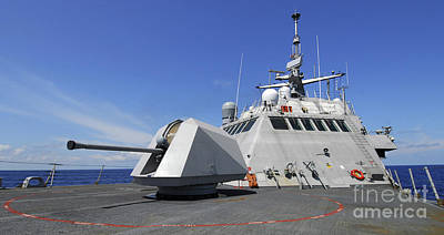 Littoral Combat Ship Uss Freedom Art Print by Stocktrek Images