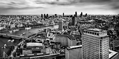 Photograph - London Panorama by Frank Waechter