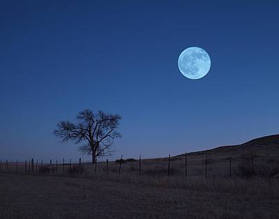 Photograph - Lonely Moonset by HW Kateley