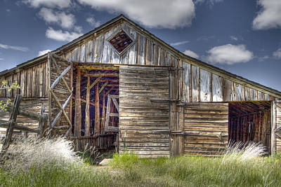 Photograph - Long Barn by Jean Noren