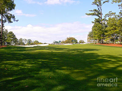 Augusta Golf Photograph - Looking At The Last by David Bearden