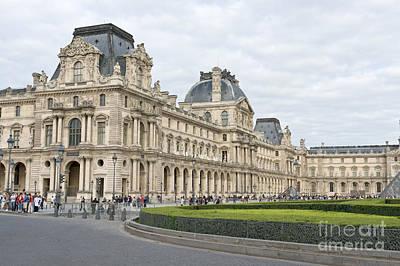 Photograph - Louvre by Fabrizio Ruggeri