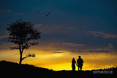 Love Couple Silhouette At Sunset Art Print by Andre Babiak