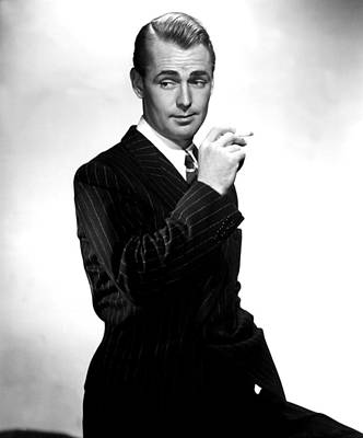 1942 Movies Photograph - Lucky Jordan, Alan Ladd, 1942 by Everett