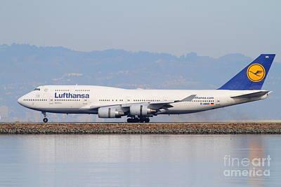 Lufthansa Jet Airplane At San Francisco International Airport Sfo . 7d12115 Art Print