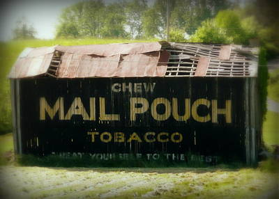Photograph - Mail Pouch Barn by Cindy Wright