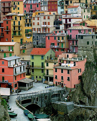 Manarola Houses On The Cinque Terre Art Print by Greg Matchick