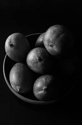 Mango Photograph - Mangoes by Mauricio Jimenez