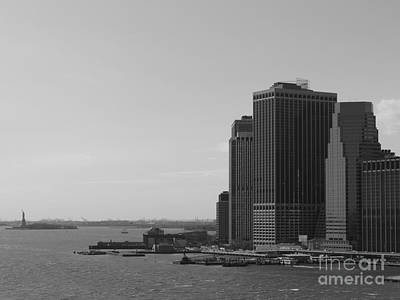 Photograph - Manhattan 2 by Padamvir Singh