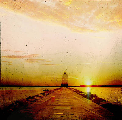 Photograph - Manitowoc Breakwater Lighthouse by Joel Witmeyer