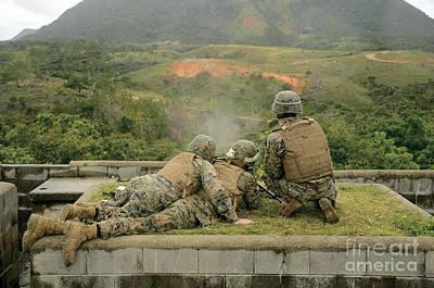 Studio Grafika Zodiac - Marines Engage Unknown-distance Targets by Stocktrek Images