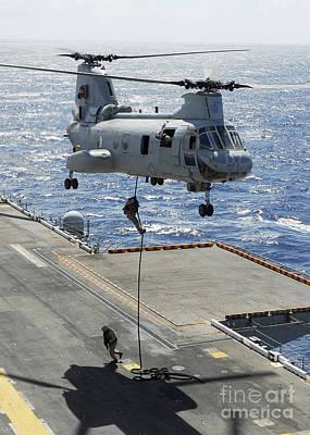 Marines Perform Fast-rope Training Art Print