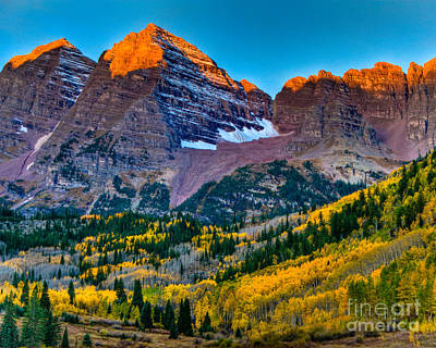 Photograph - Maroon Bells Fall Sunrise by Harry Strharsky