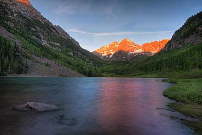 Photograph - Maroon Bells Sunrise by Ryan Heffron