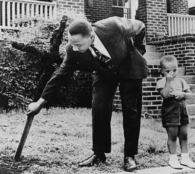 Martin Luther King, Removes A Kkk Cross Art Print by Everett