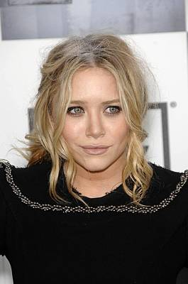 Messy Updo Photograph - Mary Kate Olsen At Arrivals by Everett