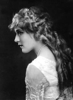 Mary Pickford, C. 1918 Art Print by Everett