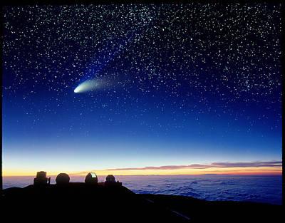 Hale-bopp Comet Photograph - Mauna Kea Observatory & Comet Hale-bopp by David Nunuk