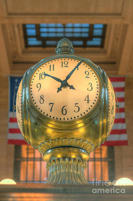 Photograph - Meet Me At The Clock II by Clarence Holmes